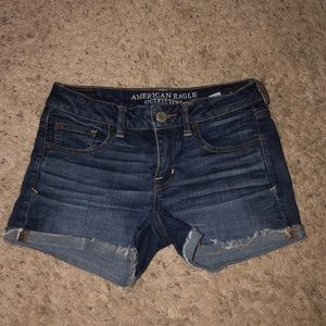 NWOT American eagle jean shorts / size 2